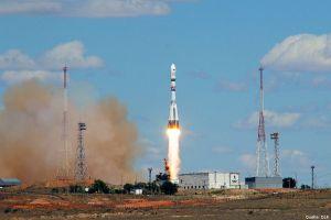 Azubi-Satellit aus Deutschland ins All geschossen