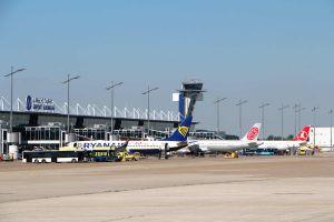 Fliegen ab Nürnberg geht steil nach oben – gut vorbereiten