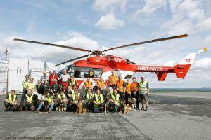 Spürhunde werden an Hubschrauber gewöhnt