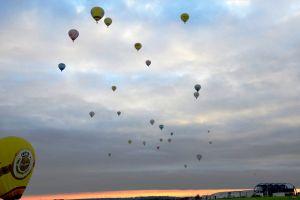 Ballonfestival Montgolfiade: Schauspiel hob am PAD ab