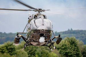 H145M fliegt erstmals mit Waffensystem HForce