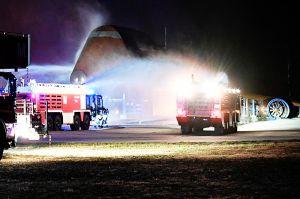 800 Kräfte löschten Triebwerksbrand der
