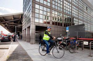 Fahrradweg zum Flughafen Hamburg