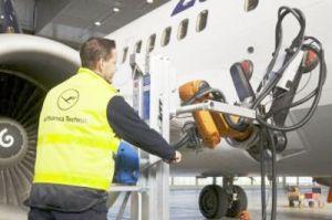 Lufthansa Technik will Schäftungsroboter regulär einsetzen