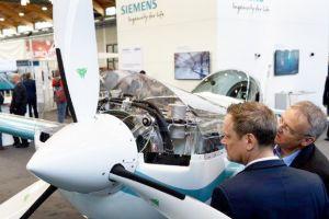 Antriebe und Simulation: AERO fokussiert Trends der Luftfahrt