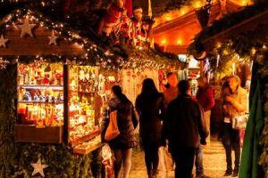 Weihnachtsmarkt am Flughafen München mit Extras