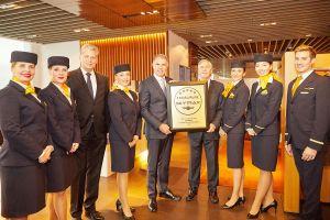 Lufthansa jetzt 5-Sterne-Fluggesellschaft