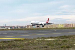 777 Freighter trifft bei Turkish Cargo ein