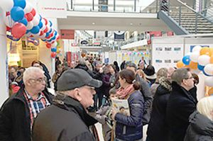 Reisetag für Familien am Flughafen Bremen