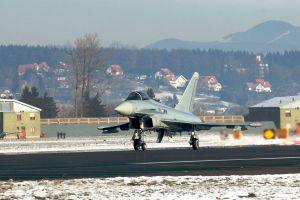 Eurofighter und F-18 für Luftraumsicherheit beim WEF