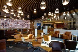 Lufthansa mit Italo-Lounge am Flughafen Mailand
