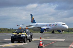 Small Planet Airlines fliegt Sonderreisen ab PAD