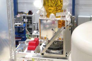 Windmesser fürs All: UV-Satellit besteht erste Tests