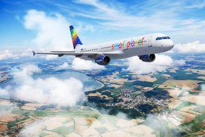 Small Planet Airlines und Paxport: Mehr für Reisende