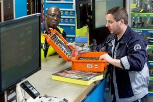 Werkzeug für Flugzeugreparatur leihen: ToolNOW