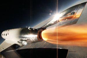 SpaceShipTwo legt erfolgreichen Raketenflug hin