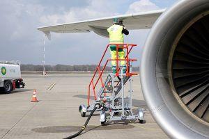FMO betankt Flugzeuge mit Air BP jetzt selbst