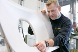 Lufthansa Technik differenziert Reparaturen der Kabine