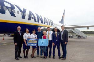 Ryanair feiert 2.000.000 Passagiere in Nürnberg