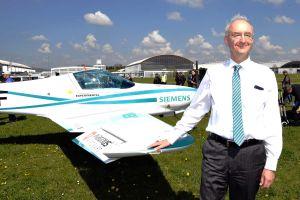 Hersteller zeigen ihre Elektroflugzeuge auf der AERO