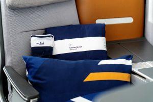 Business Class bei Lufthansa: gemütliches Schlafen