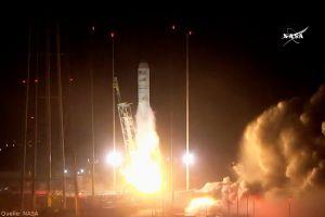 Cygnus: Antares fliegt Experimente für Gerst ins All
