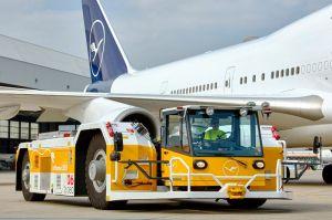 eTug fürs Pushback: Leos fährt neuen Strom-Schlepper