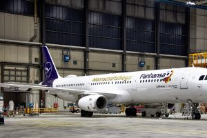 Fanhansa A321-200 bringt Nationalmannschaft zur WM