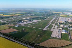 RECAT-EU: Mindestabstände für mehr Anflüge reduziert