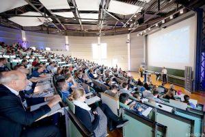 Raumfahrtkongress über Privatisierung im Weltraum