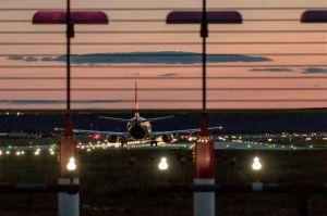 Runway am Flughafen Stuttgart nun mit LED