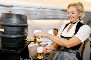 O'zapft is' an Bord der Lufthansa mit Bier vom Fass
