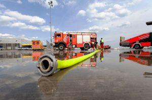 Feuerwehr setzt Sondersignal zum Flughafen Hannover