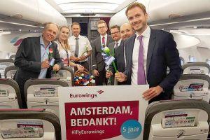 Eurowings feiert fünf Jahre Amsterdam Schiphol
