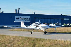 Siemens fliegt in DA40 mit seriellem Hybridantrieb
