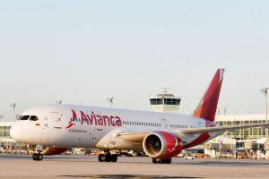 Avianca kommt mit Dreamliner aus Bogota nach München