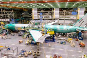 Boeing 777X fürs erste Fliegen kommt in Form