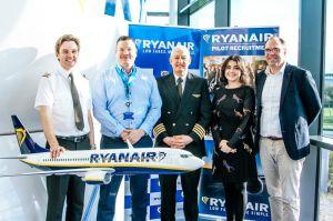 SKY4u für Qualifizierung zum Piloten der Ryanair