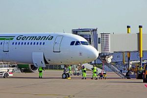 Germania rutscht in Insolvenz: Flugbetrieb eingestellt