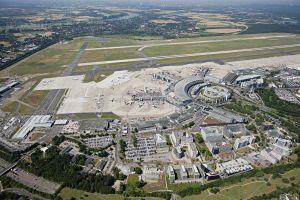 Düsseldorf: Airport auf Immo-Messe in Cannes
