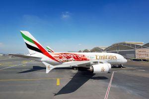 Emirates A380 trägt Spieler von Arsenal London