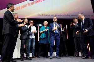 Innovationspreis für KI-Helfer CIMON