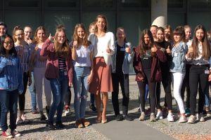 Töchtertag: Fluglotsinnen für Austro Control