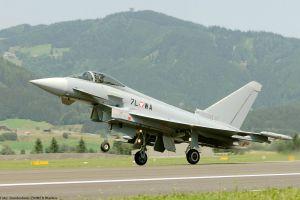 Eurofighter in Überschall über Österreich