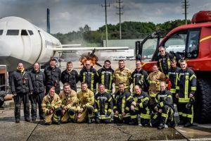 Feuerwehren für Flughäfen trainierten in Weeze