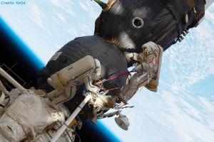 NASA zeigt Außeneinsatz an der ISS live