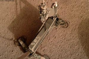 Hilfe für Hammer auf dem Mars: Sonde rutscht ab