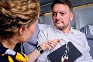 Lufthansa mit mobilem EKG auf Langstrecken