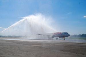A320 von Laudamotion setzt in Friedrichshafen auf