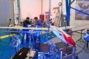 Flatter-Test für völlig neue Flugzeugflügel